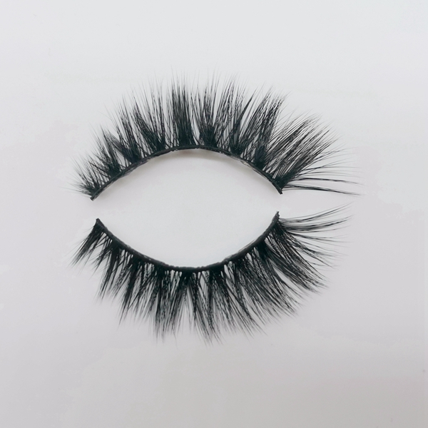 Private Label Hot Sale 3D Silk Lashes Vendor